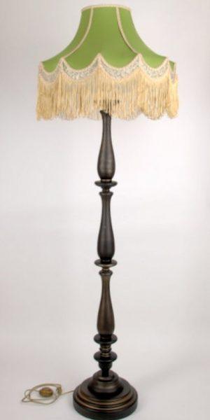 напольный светильник с абажуром