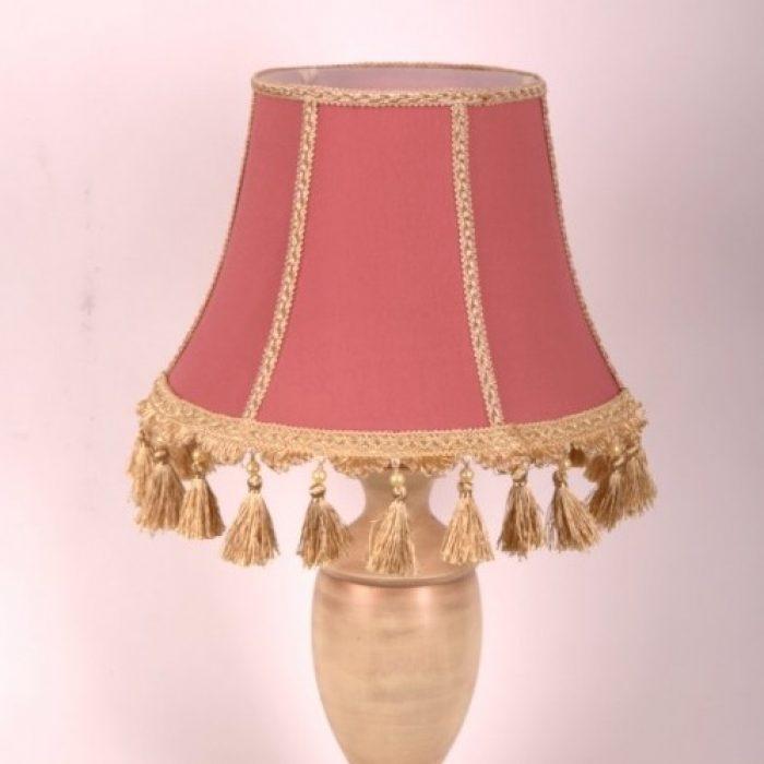 абажур из ткани в классичесом стиле для настольной лампы