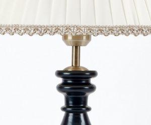 лампа натольная классика с абажуром