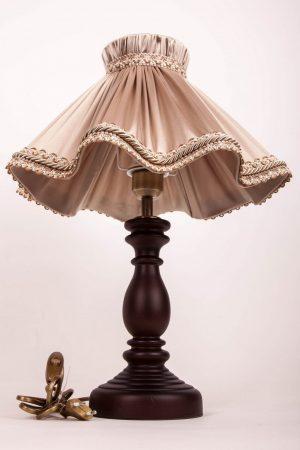 элегантная и изящная настольная лампа бежевого цвета для гостинной спальни или кабинета