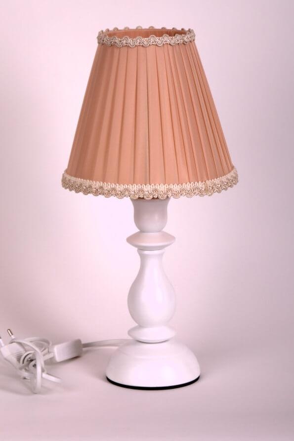 купить настольную лампу недорого