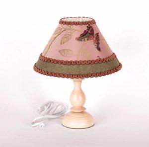 авторская настольная лампа с абажуром