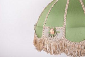 зеленый абажур для столовой
