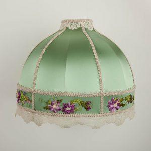 ретро абажур для настольной лампы с вышивкой