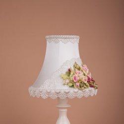 настольная лампа с вышивкой шелковой лентой