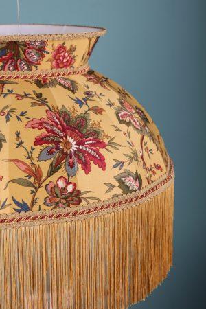 подвесной абажур из ткани в цветочек