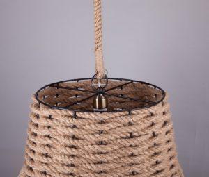 подвесной абажур из каната для террасы бара или ресторана