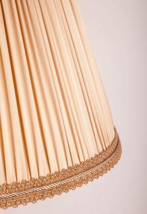 абажур из ткани в складочку