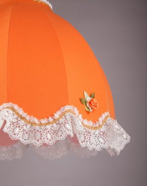 оранжевый ретро абажур