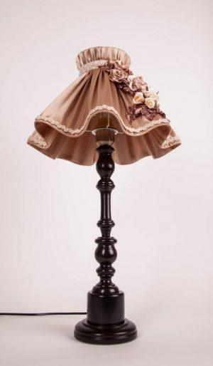 абажур юбка на настольной лампе
