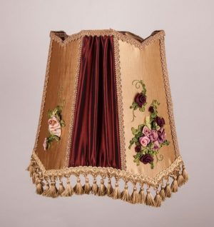 вышивка вручную из шелковых лент