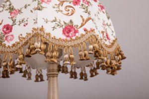 лампа в стиле ретро
