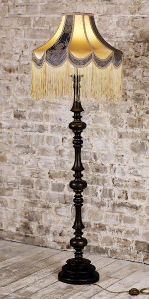 классический торшер флинт 12 черный с паттиной с красивым абажуром