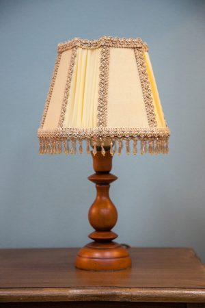 миниатюрная настольная лампа