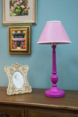 купить розовую настольную лампу