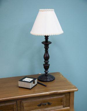 купить класссическую настольную лампу для стола