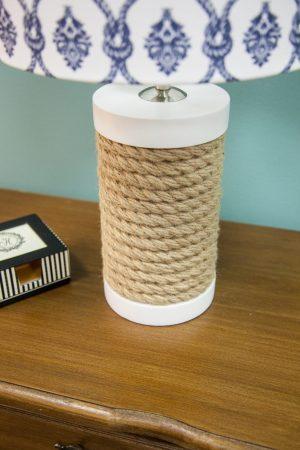 настольная лампа с канатами