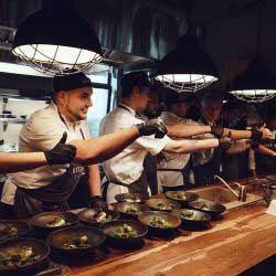 металлические светильники для баров, кафе, ресторанов