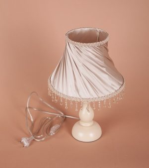 купить прикроватную настольную лампу